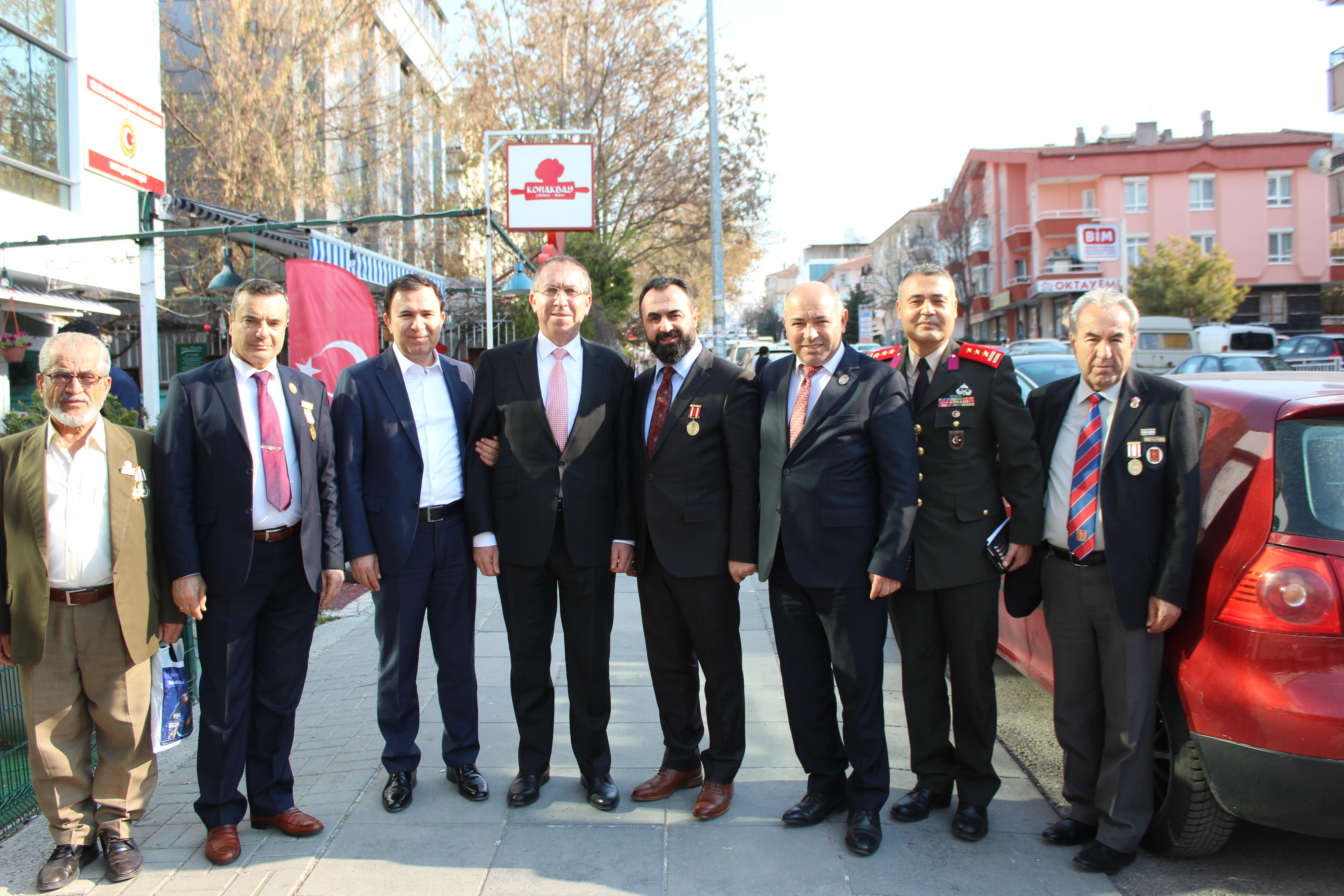 Kıbrıs Büyükelçisi Sn. Kemal KÖPRÜLÜ Beyefendi'den Vakfımıza Ziyaret