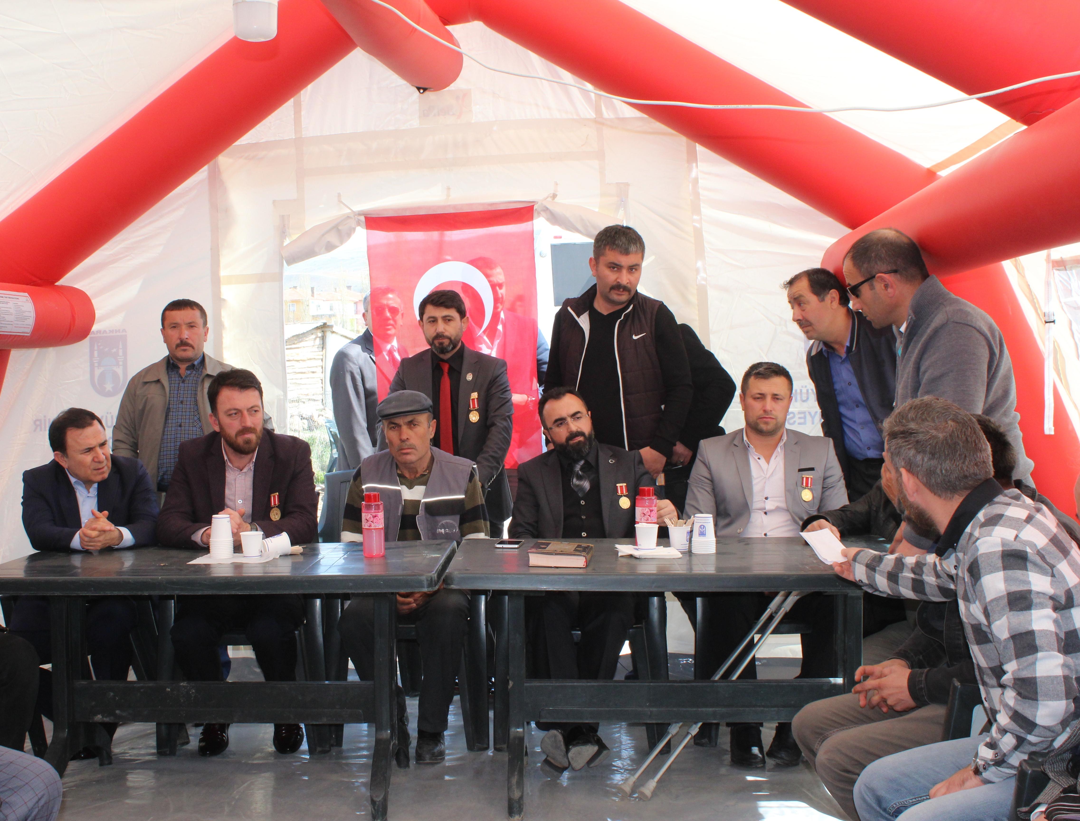 Hakkari'de şehit olan Sözleşmeli Er Yener Kırıkçı'nın Ankara Çubuk'taki baba ocağına taziye ziyaretinde bulunduk.