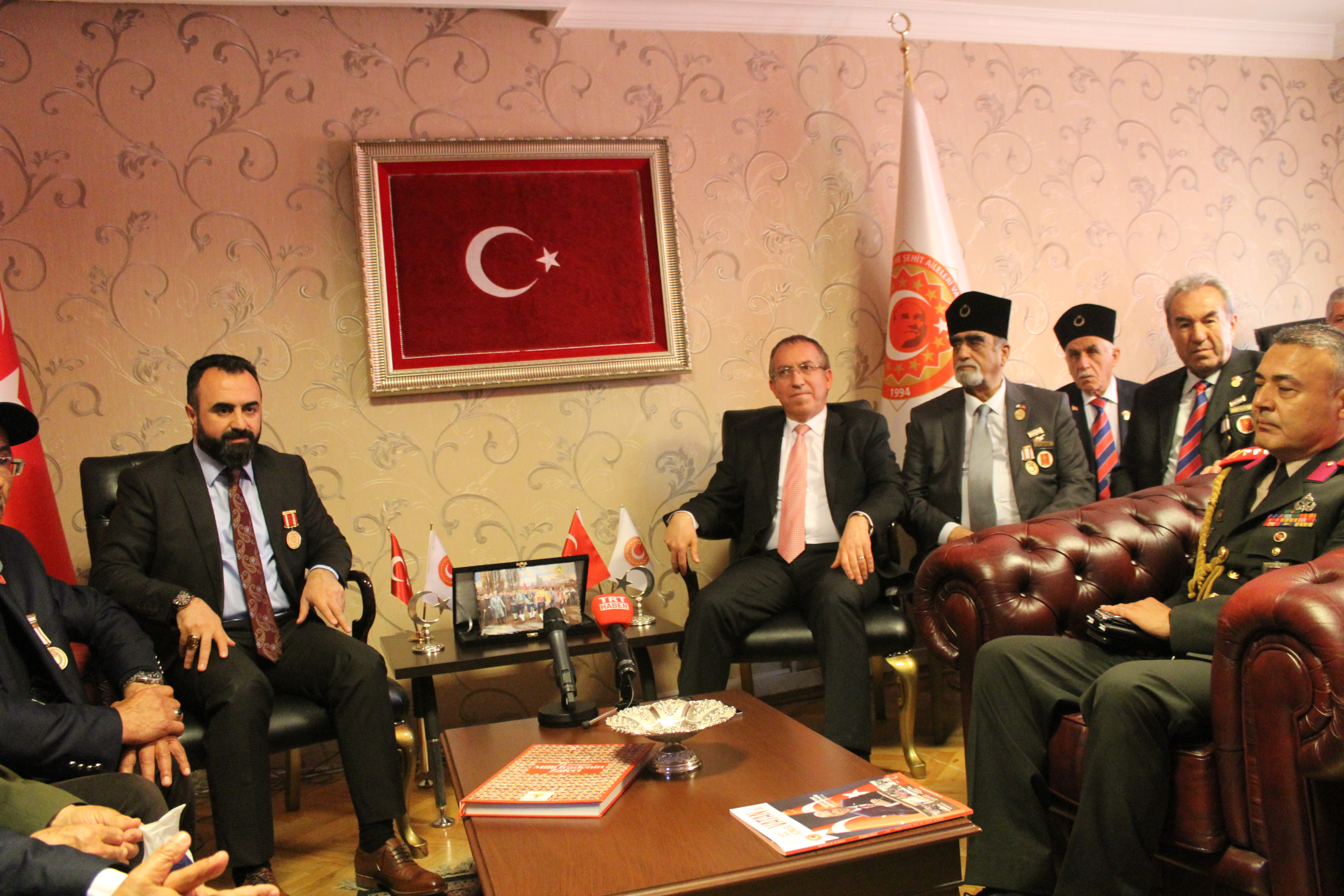 Kıbrıs Barış Harekatının 45. Yılında Madalya Alan Gazilerimiz ile Kıbrıs Büyükelçisi Sn. Kemal KÖPRÜLÜ'ye Teşekkür