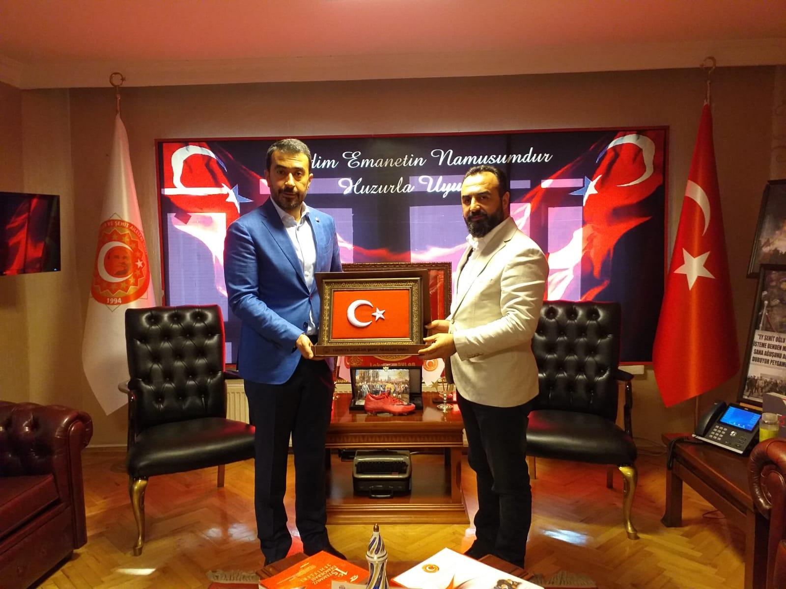 Hakan Han Özcan'dan Vakfımıza Ziyaret