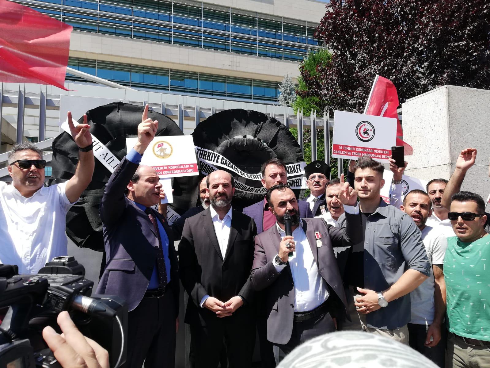 ANAYASA MAHKEMESİNİN ALMIŞ OLDUĞU KARARI PROTESTO ETTİK...